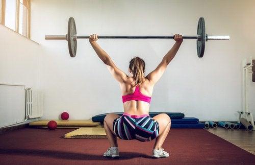 ağırlık kaldırma egzersizi