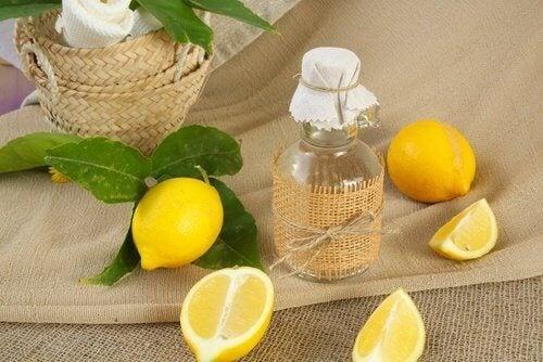 limon suyuyla duş perdesini temizlemek