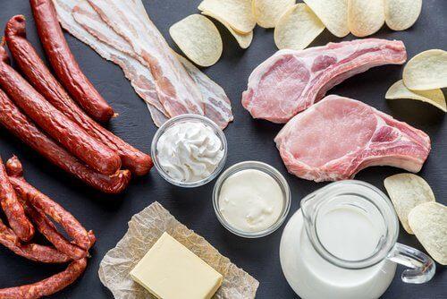 mide ekşimesine neden olan gıdalar