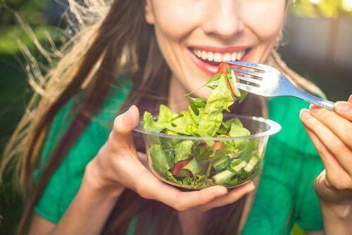 sağlıklı salatalar