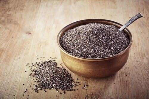 bir kase chia tohumu