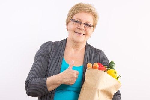 menopoz döneminde sağlıklı beslenmek