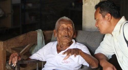 en yaşlı adam