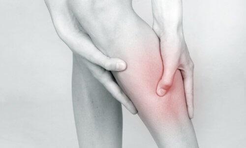 su tutulumu eklem ağrıları