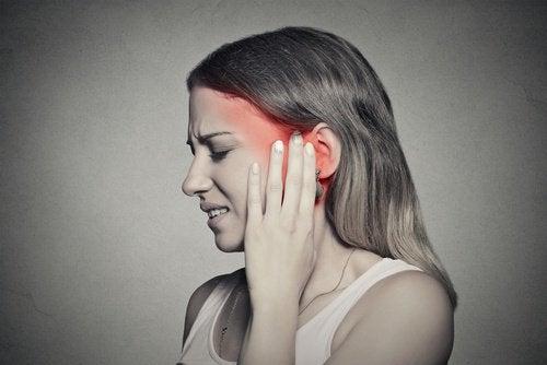 Kulak Çınlaması: Diyetle Nasıl Azalır?