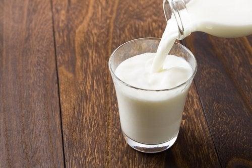 bir bardak süt