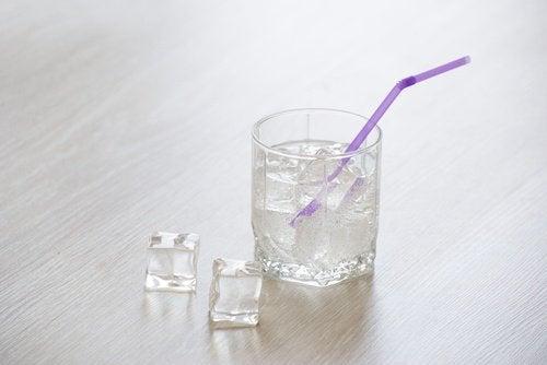 yorgunlukla mücadele için buzlu su