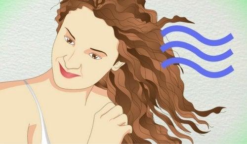 Kıvırcık Saçlar İçin 5 Sağlıklı Yöntem