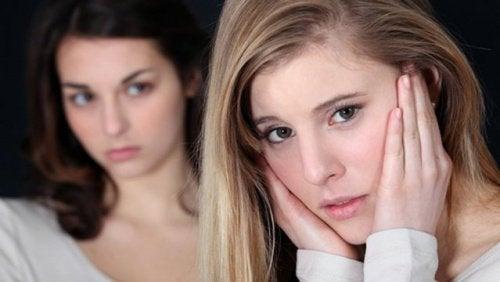 endişeli kadınlar