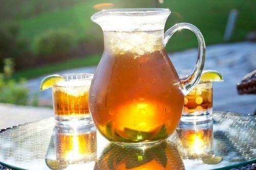 zararlı içecek türleri yerine doğal içecekler