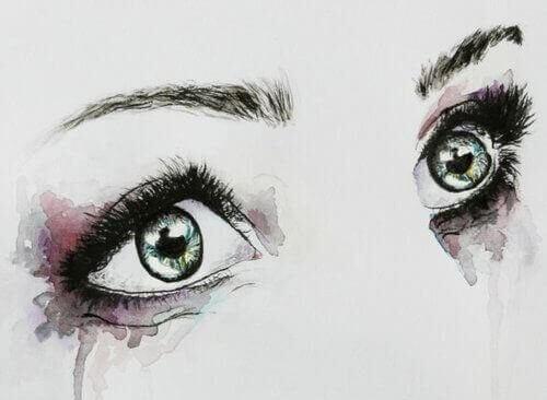 kadın gözleri