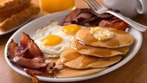 Kahvaltıda Kaçınılması Gereken 5 Yiyecek