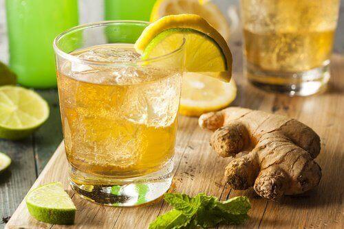 limonlu zencefilli detoks suyu