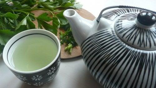 Maydanoz ve Nane Çayı ile Karaciğerinizi Temizleyin