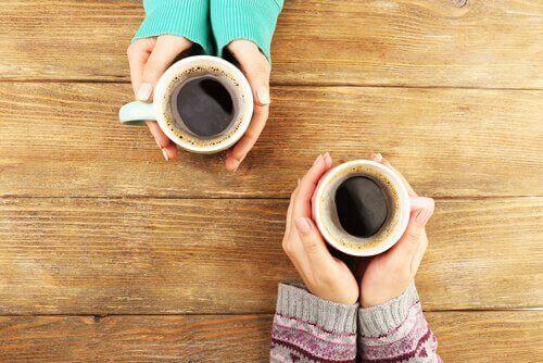 kahve eşliğinde muhabbet