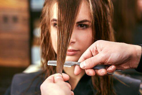 saç kestirmek