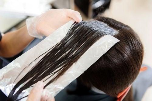 Saç Bakımı İçin Alüminyum Folyo Kullanımı