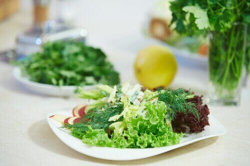 yeşillikler salata limon