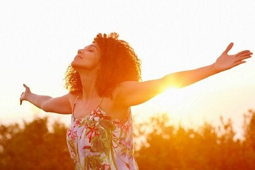 Mutlu İnsanlar ve İnanmayı Reddettikleri 8 Yalan