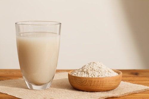 bir kase pirinç bir bardak pirinç suyu