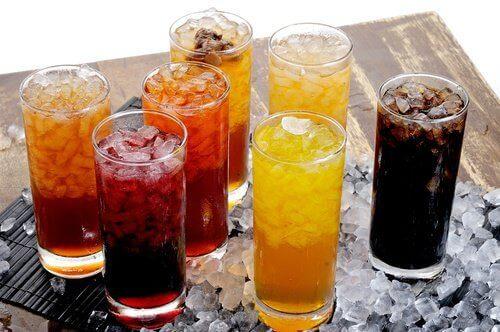 buzlu şekerli içecekler