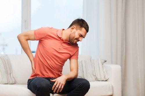 böbrek ağrısı sırtta hissedilir