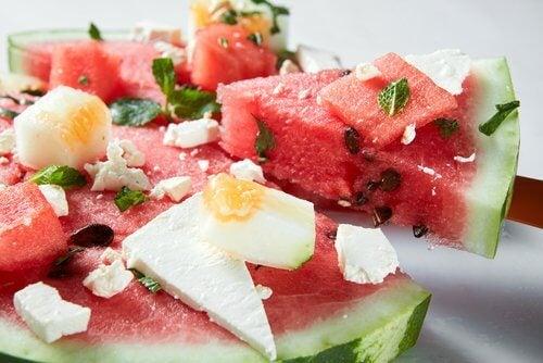 karpuz, kavun, peyir, nane salatası ile kilo vermek