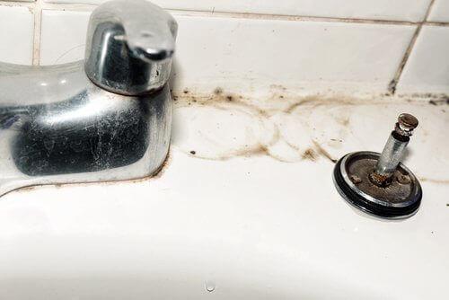 Muslukları Temizlemek için 5 Harika Öneri