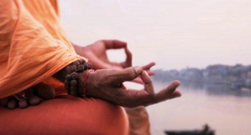 keşiş ve meditasyon