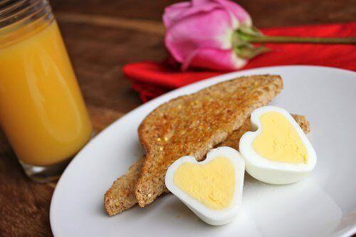 kahvaltıda yumurta
