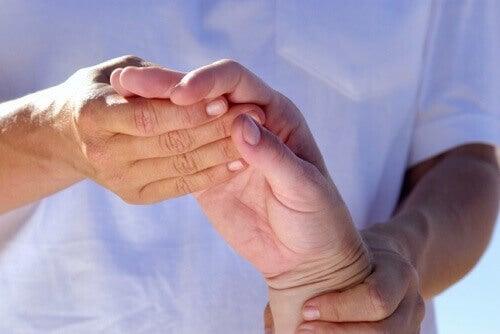 artrit ağrısı için hint ağrısı