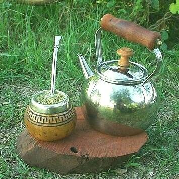 mate çayı ve demlik
