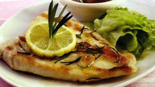 fırında pişmiş balık