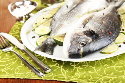 balık ve misket limonu