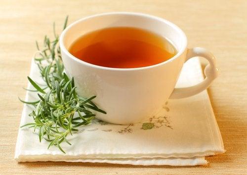 akne tedavisi için biberiye çayı