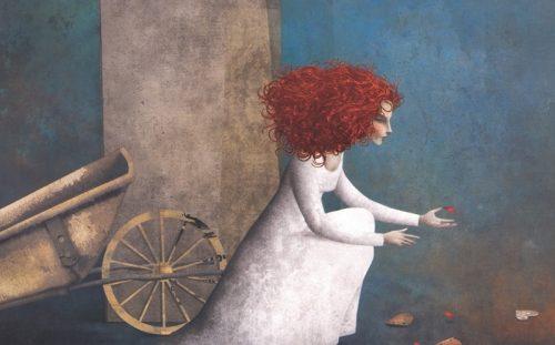 bisikleti önünde oturan kadın