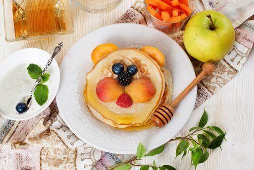 Kahvaltıda Çocuğunuza Vermemeniz Gereken 5 Besin