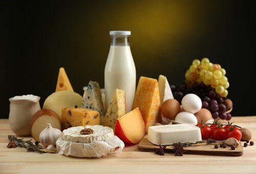 süt peynir yumurta tüketmek kemiklerinizi güçlendirmek için önemlidir