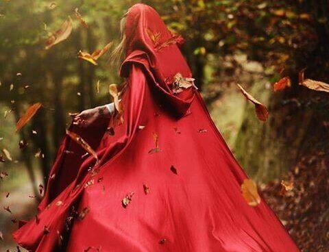 kırmızı başlıklı kız kaçar