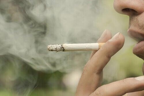 sigara içmek