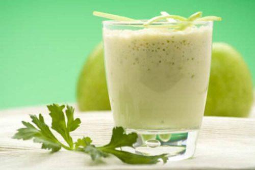 ananas ve yeşil elma smoothie