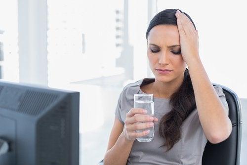 su içmek baş ağrısına iyi gelir