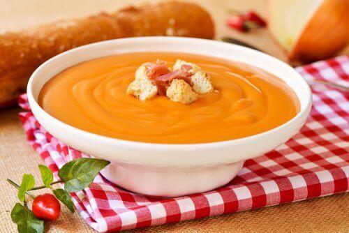 Bu Salmorejo Çorbası Kolon Kanseri Riskini Azaltıyor