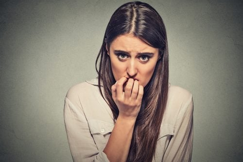 kaygılı kadın
