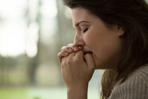 Anksiyete ile Başa Çıkmak için 7 Doğal Tarif