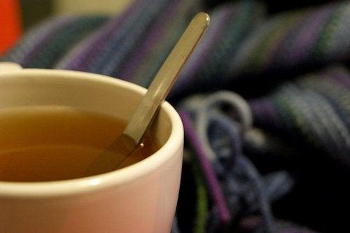 bardakta çay