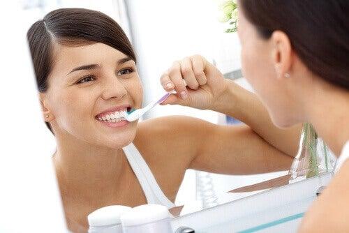 diş fırçalamayı aksatmayın
