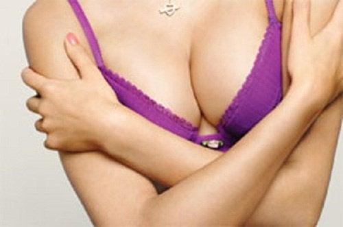 Göğüsleri Sıkı Tutmak için 6 Kural