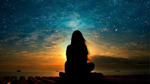 günbatımını izlerken yıldızlar