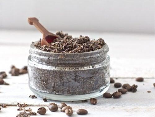öğütülmüş kahve ve karbonat